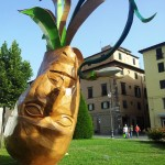 Snowdrop, winner of Cartasia 2012, cardboard, wood, waterproof coating. Lucca italy